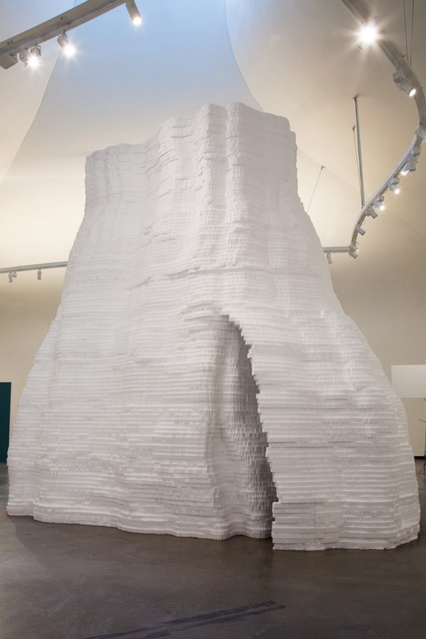 "Ausstellungsansicht (un)möglich! Künstler als Architekten"": Dai Goang Chens Dangsan Namu"