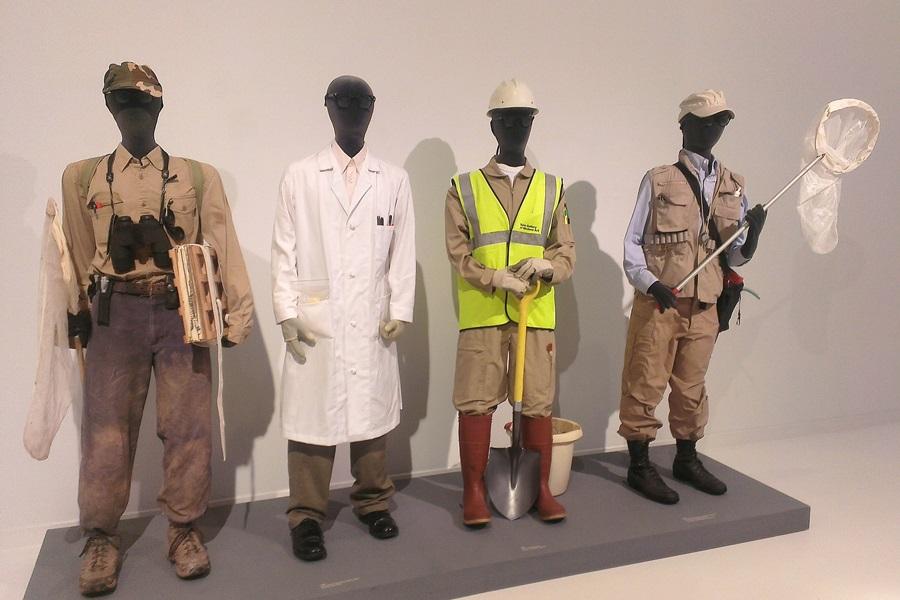 Mark Dions Kostüme des Künstler-Forschers