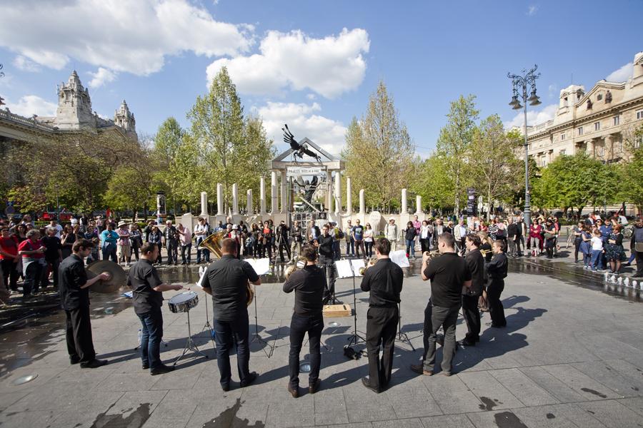 Marta Talk: Off-Biennale in Budapest